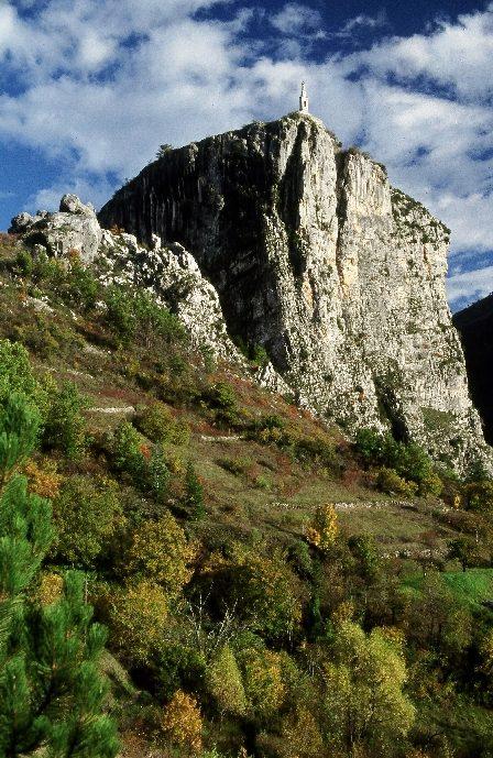 Le Roc de Castellane dans le Verdon